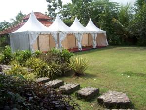 tenda khusus permintaan