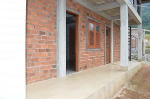 teras depan asrama mahasiswa